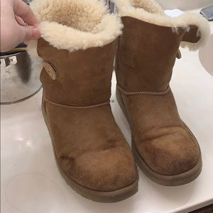Trashed Camel bailey button uggs